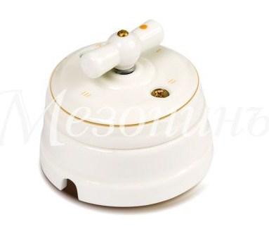 Выключатель 1-кл (проходной) фарфоровый поворотный на два положения (D70x60), цвет - золото на белом, коллекция ПЕТЕРГОФ, МезонинЪ GE70404-50
