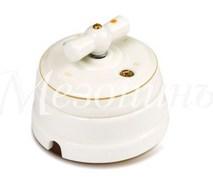 Выключатель фарфоровый поворотный на четыре положения (2-х клавишный, D70x60), цвет - золото на белом, коллекция ПЕТЕРГОФ, МезонинЪ GE70401-50