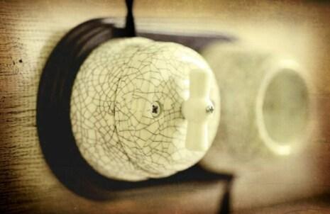 Выключатель 1-кл (проходной) фарфоровый поворотный на два положения (D70x60), цвет - Affresco, МезонинЪ GE70404-23
