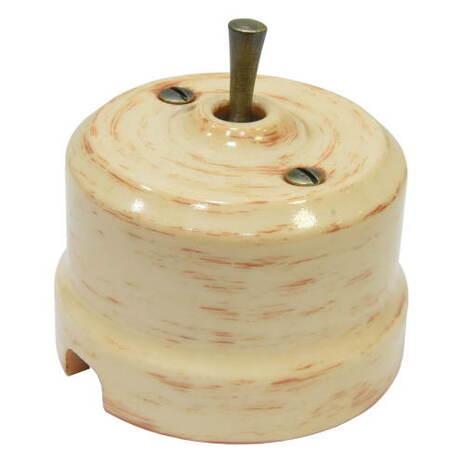 Выключатель 1-кл (проходной) тумблерный Lindas 34524-G, цвет кедр/латунь