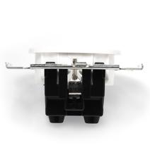 CL12WT Розетка с заземлением и шторками для внутреннего монтажа, белый