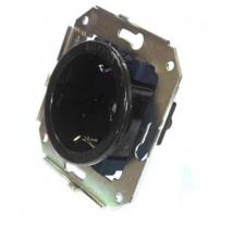 CL12BL Розетка с заземлением и шторками для внутреннего монтажа, черный