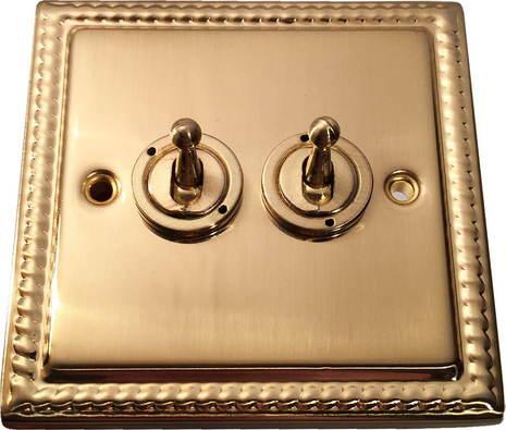 Двухклавишный тумблерный выключатель проходной Balfour Grand D1100BB