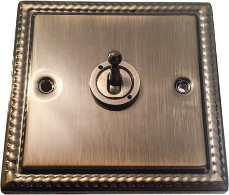 Перекрёстный тумблерный выключатель Balfour Grand D3000AB