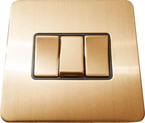 Трёхклавишный выключатель проходной Balfour Excellent E3032BB