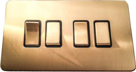 Четырёхклавишный выключатель проходной Balfour Excellent E3042BB