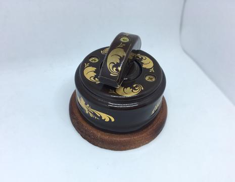 Выключатель 1-кл (проходной) 2х позиц. (Магия золота) с подроз. вишня с кер ручкой (ПОЛУМЕСЯЦ) арт.Z003189