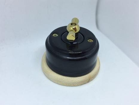 Выключатель 1-кл (проходной) 2х позиц. (Черный глянец) с подроз. береза с МЕТАЛ. РУЧКОЙ золото арт.Z003109