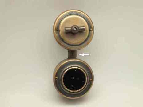 Соединитель розеток/выключателей