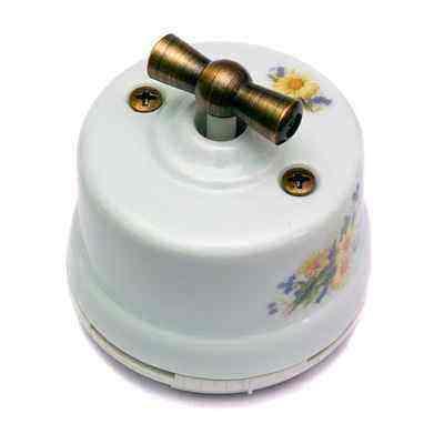 OP31RM Выключатель перекрестный для наружного монтажа, ромашка